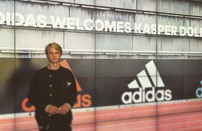 Kasper Dolberg vrijgezel